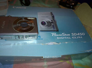 Canon Powershot SD450 5MP Digital Camera with 3x Opt.Zoom
