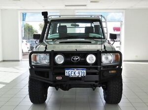 2007 Toyota Landcruiser VDJ79R Workmate (4x4) Silver 5 Speed Manual Cab Chassis Morley Bayswater Area Preview