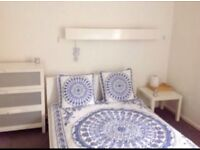 Large furnished room to rent in Camberley