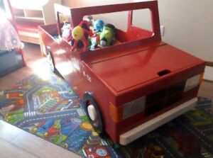 Ford F-150 toddler bed
