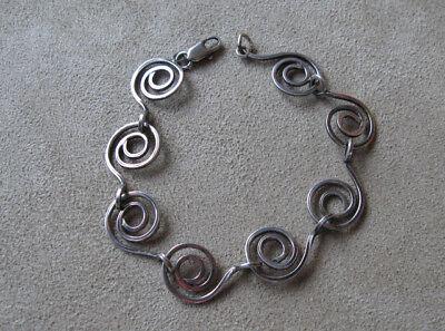 (Sterling Silver Celtic Spiral Wire Link Bracelet)