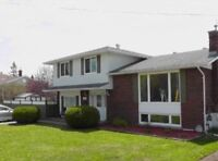OPEN HOUSE! Sat May 23 12-130. Pinewood Home with Pool
