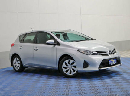 2015 Toyota Corolla ZRE182R MY15 Ascent Silver 7 Speed CVT Auto Sequential Hatchback