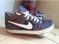 Nike unisex boots U.K 5,5 EUR 38.5
