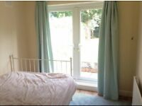 Furnished double room, 5 minutes from Upminster station
