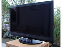 pioneer krl-37v . lcd screen. free view build in. mint condition . full hd