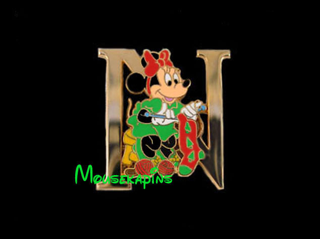 MINNIE Mouse  KNITTING a Stocking Letter N Disney Tokyo 2001 Pin
