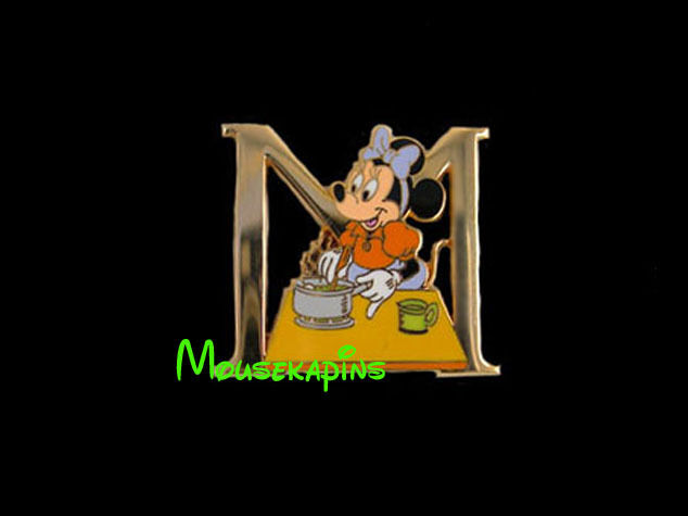 MINNIE Cooking Letter M Disney Tokyo 2001 Pin