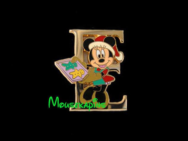 Mrs Santa MINNIE Mouse BAKING COOKIES Letter E Disney Tokyo Christmas 2001 Pin