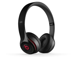 **BEATS SOLO 2 WIRELESS HEADPHONES [NEW CONDITION IN BOX]**
