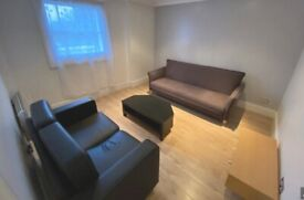 **ONE BEDROOM FLAT** IN VICTORIA/PIMLICO SW1V - has also large attic space