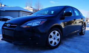 2012 FORD FOCUS  - LOW KM's, 5 Speed Manual, GREAT CONDITION