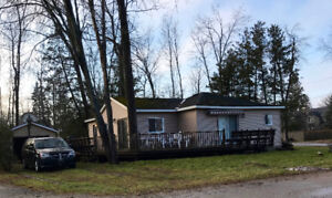Bungalow For Sale in Innisfil at Lake Simcoe