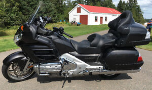 """2010 Honda Gold Wing """"Only 6000KM"""" Just Like New"""