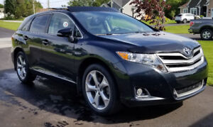 2016 Toyota Venza XLE ( lease takeover)