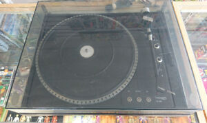 THORENS TD - 105 Turntable - Record Player