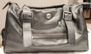 Lululemon Podium Gym Bag Tote Weekender Bag Metallic Pewter Gray
