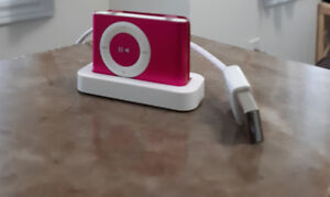 IPod Shuffle 2nd Generation for sale, good condition and tested!