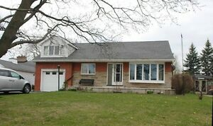 3+1 SINGLE FAMILY HOUSE FROM JUN1ST