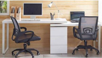 Vibe Customizable Desk and Chair 1200 Value Brand New