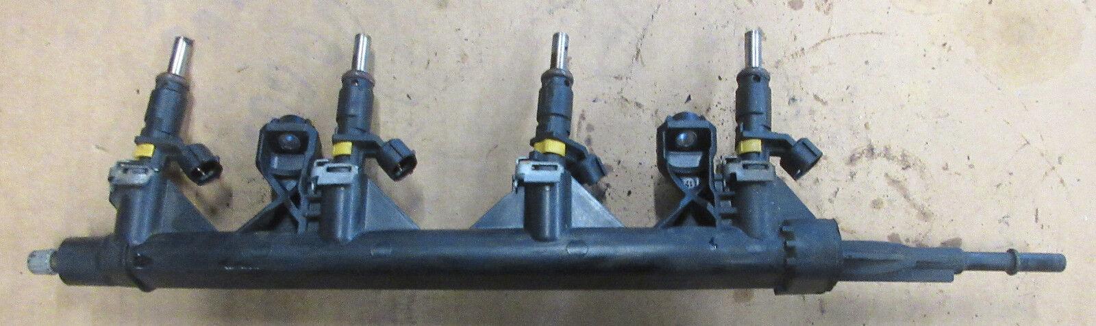 Genuine Used MINI Petrol Fuel Rail for (N12 N16) R56 R55 R57 R58 R59 - 7575646