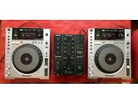 Pioneer CDJ-850 USB DJ Decks (x2) Silver and DJM-350 mixer. MINT CONDITION With Boxes 15