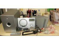 Teac MC-DX220i CD/Radio/iPod Micro System - Great condition!!