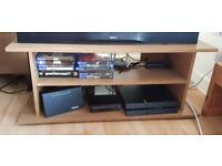 """TV Stand - Oak Wood Effect - For 32"""" TV (£10 or best offer)"""