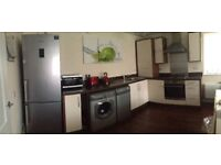 KITCHEN UNITS AND SINK FOR SALE ALL £100