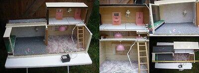 Große Puppenstube Puppenhaus Strom Lampe Möbel mit Terasse Puppe Spielzeug