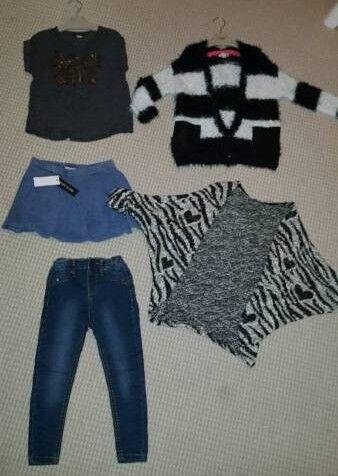 RIVER ISLAND 3-4 years girls clothes bundle