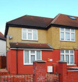 One bed flat furnish available immediately in London W5 £1215 bills included