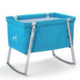 Babyhome Dream Bassinet in Blue