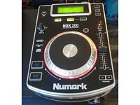 NUMARK table top CD player