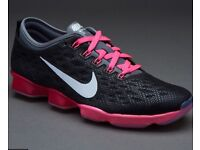 Nike Trainers -Size 5