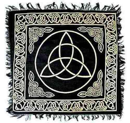 "18""x18"" Gold on Black Triquetra Altar Cloth!"