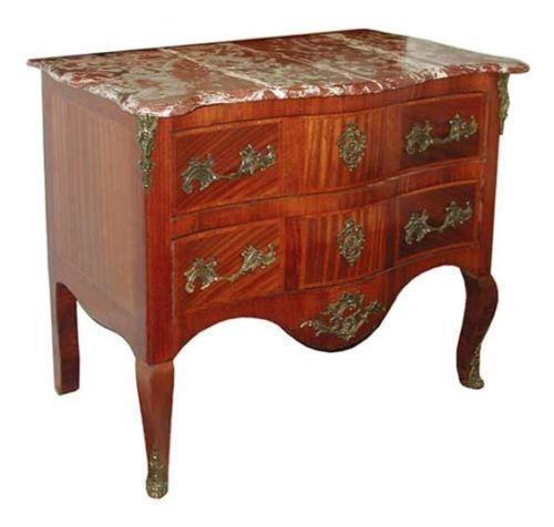 Antique commode with commode coloniale - Commode style colonial ...