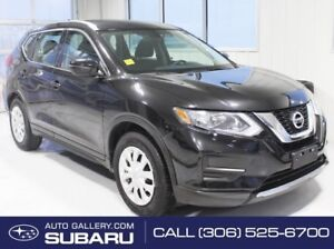2017 Nissan Rogue S | FWD | 2.5L | HEATED SEATS | STEERING WHEEE