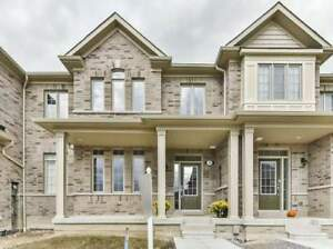 Absolutely Stunning New Brand New Freehold Townhome in Ajax