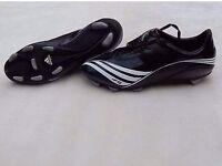 Football boots UK 9