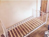 Metal framed single bed great condition can also deliver to your address