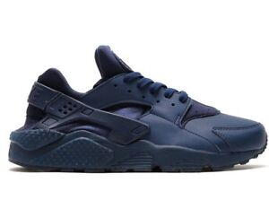 NIKE AIR HUARACHE MIDNIGHT BLUE size 7Y