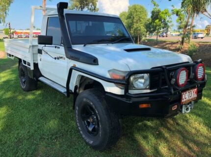 2008 Toyota Landcruiser VDJ79R Workmate White 5 Speed Manual Cab Chassis Berrimah Darwin City Preview
