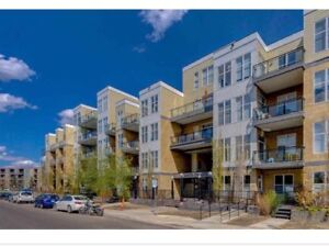Beautiful 2 bed condo Oliver $264,900