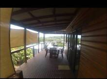 Room in share house. Beautiful timber pole home with views. Cannonvale Whitsundays Area Preview