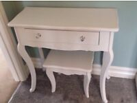 Vintage style white dressing table with stool
