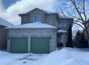 Simply Stunning Beautiful Updated Family Home In North Barrie