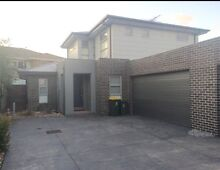 Altona north millers road townhouse master room, ensuite & study Altona North Hobsons Bay Area Preview