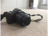 Nikon D D60 10.2MP Digital SLR camera with 18-55 lens and case