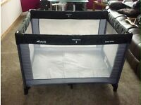 Sleep and play travel cot by hauck